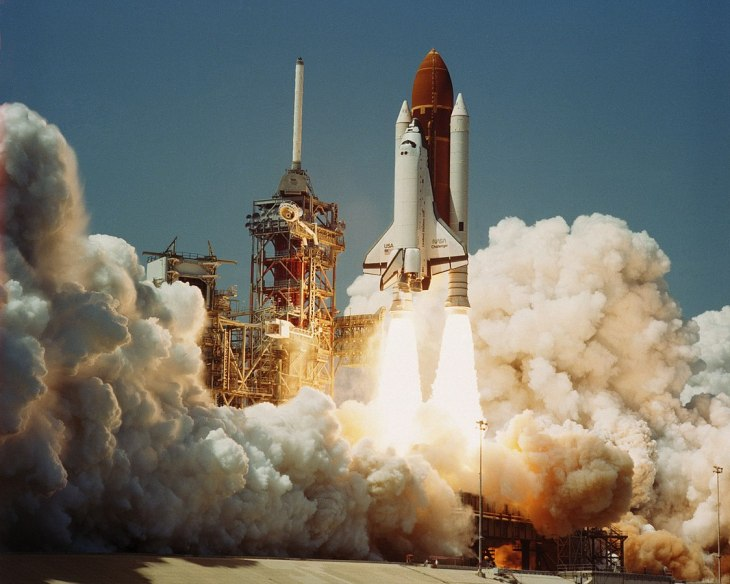 1124px-Space_Shuttle_Challenger_(04-04-1983)