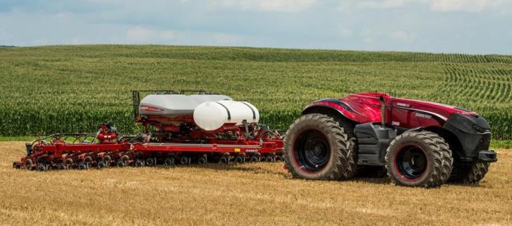 i25664-tractor-autonomo-960
